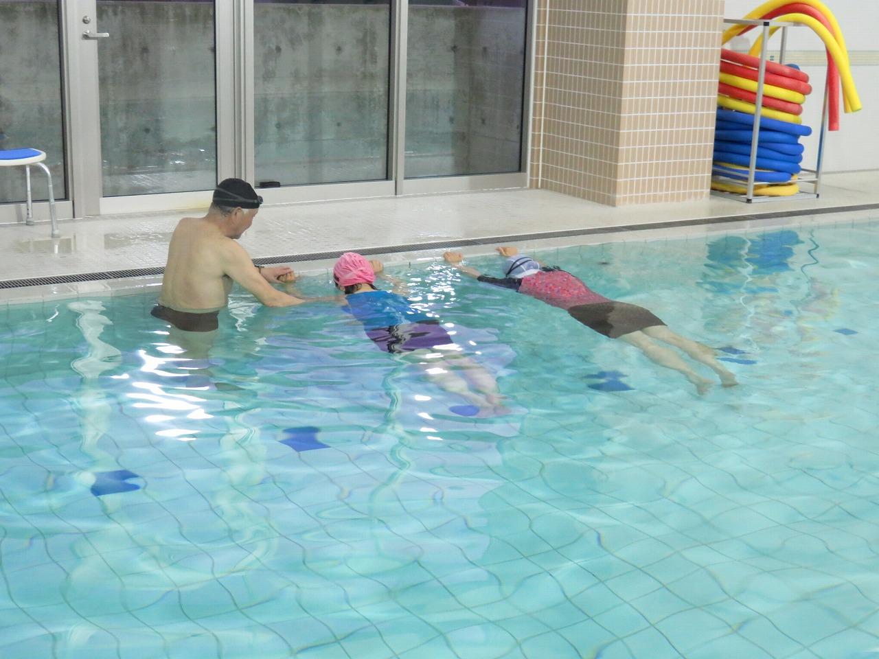 おとなの水泳教室に出てみました♪
